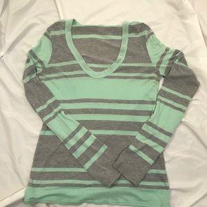 James Perse Long Sleeve Shirt size 2 00016
